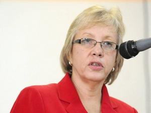 Carolyn-Gomes